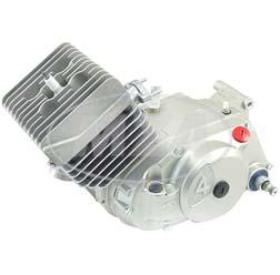 Motor 70ccm, Laufbuchse Ø53 mm, 4-Gang - für S70, SR80, S83 - ohne Zündung, Vergaser