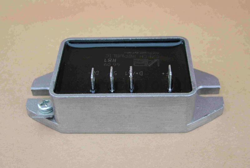 Elektronischer Spannungsregler R81 6V  Vape