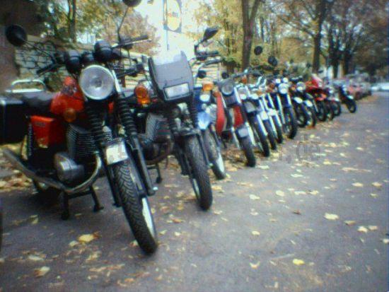 Komplette Motorräder