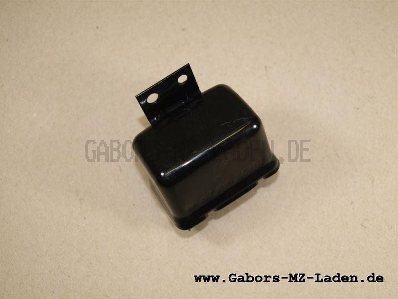 Réle de señal 8671.4/4 6V/20A con terminal de cable para W 311 / Trabant P50 / P60